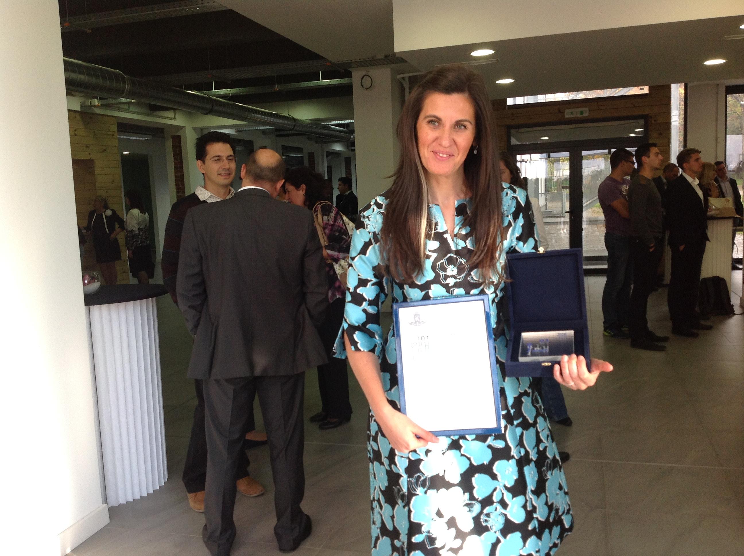"""Д-р Зорница Козарева, номинирана от Института за български език,  получи Наградата """"Джон Атанасов"""""""